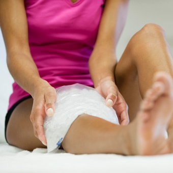 treat_knee_pain_at_home